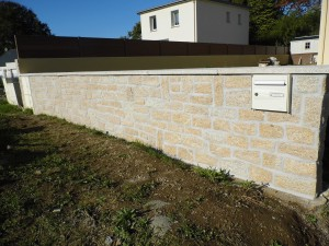 Muret en Pierre et parpaing Questembert Morbihan 56